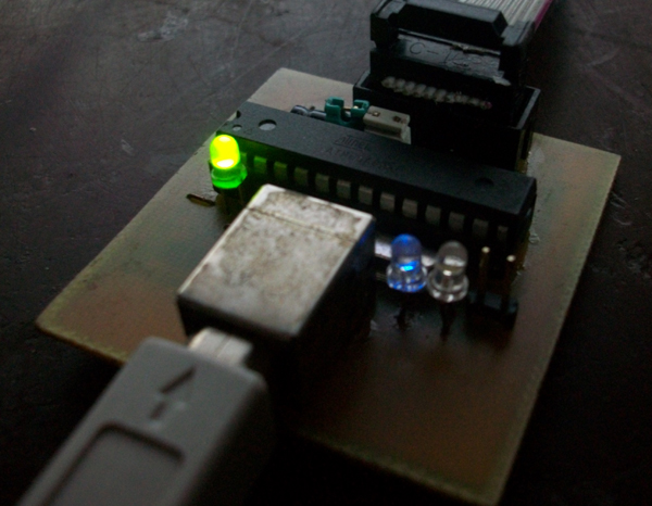 Программатор микроконтроллеров AVR / 89S совместимый с AVR910