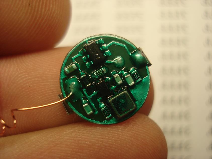 Миниатюрный радиомаяк на микроконтроллере PIC10F200